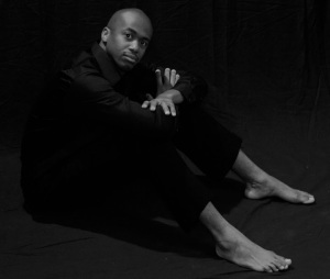 _ROC2120 mm2 tremayne seated barefoot BW - BEST